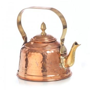 Медный чайник объемом 1,250 литра нелуженый изнутри.