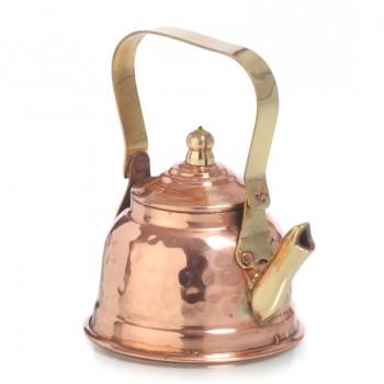 Медный маленький заварочный чайник полужен оловом изнутри.