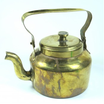Чайник медный старый объемом около 1,5 литра