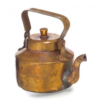 медный чайник старинный