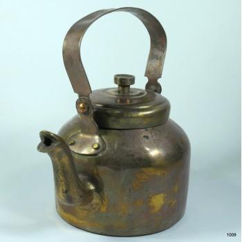 Винтаж.  Чайник медный старый на 1.1 литра воды возраст около 50 лет.